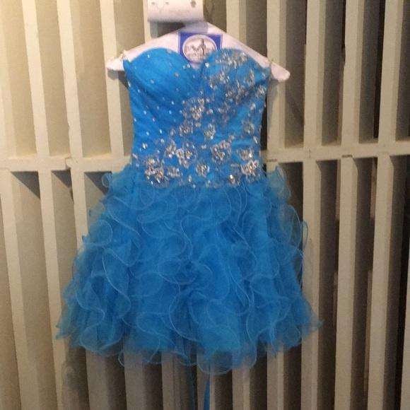 Madeline Gardner Dresses & Skirts - Mari Lee by Madeline Gardner